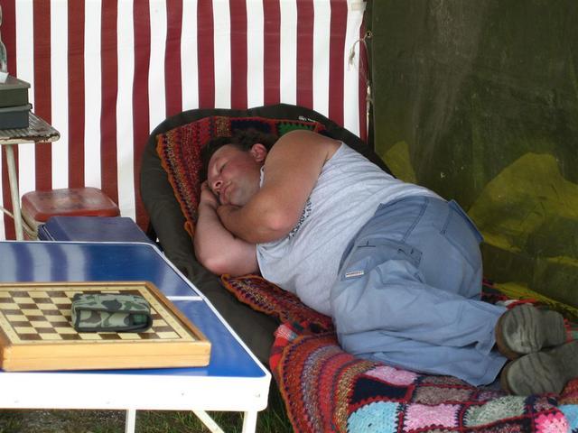 chi dorme non piglia pesci anche se succede al contrario...