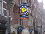 Bulldog coffe shop ! AIUTO