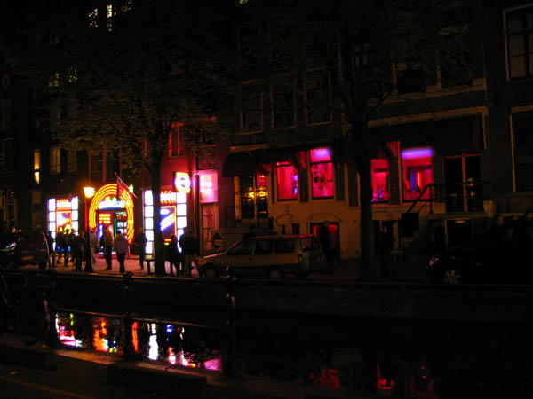 red_light_district_street[1]