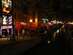 red_light_district_street_and_canal[1]